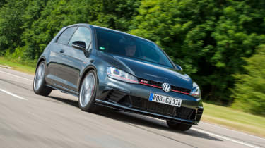Volkswagen Golf GTI Clubsport S - front action