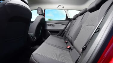 SEAT Leon ST - rear seats