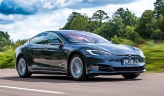 Tesla Model S Long Range - front