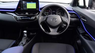 Toyota C-HR - dash