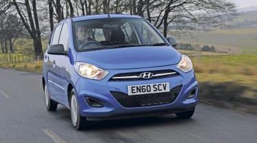 Hyundai i10 Blue front