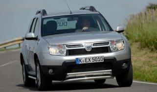 Dacia Duster front cornering