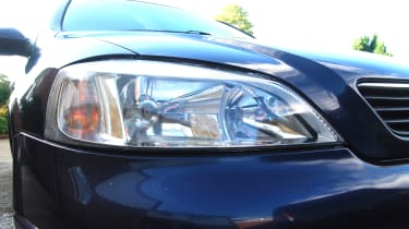 Clean headlight