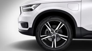 Volvo XC40 hybrid - wheel