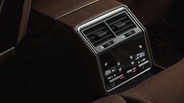 Porsche Panamera Sport Turismo - rear centre console