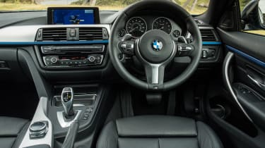 Used BMW 4 Series - dash
