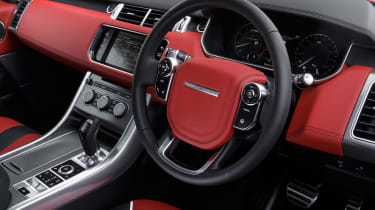 Range Rover Sport SVR - steering wheel
