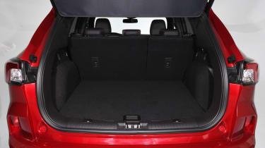 Ford Kuga - studio boot