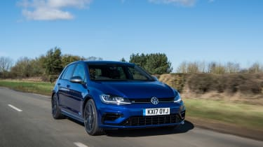 Volkswagen Golf R 2017 front tracking
