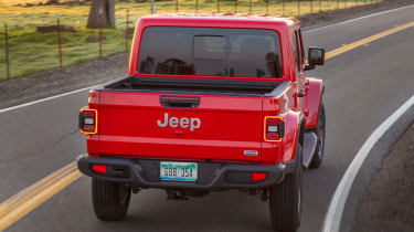 Jeep Gladiator - rear action