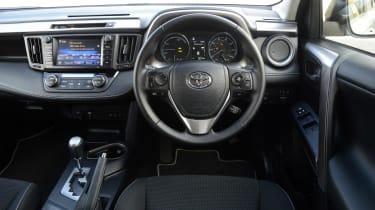 Toyota RAV4 Hybrid - dash
