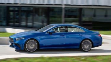 Mercedes CLS - side action