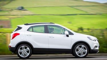 Vauxhall Mokka X 2016 - side tracking