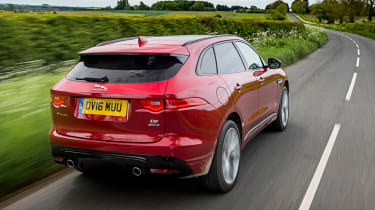 Jaguar F-Pace 3.0d V6 S - rear