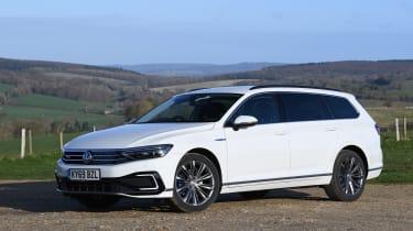 Volkswagen Passat GTE - front static