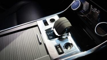 Jaguar XF P250 - transmission