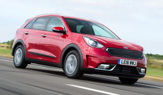 New Kia Niro '2' - front tracking