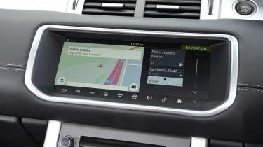 Range Rover Evoque Convertible - sat-nav