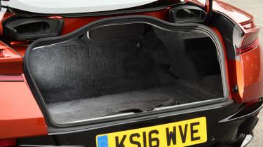 Aston Martin DB11 - boot