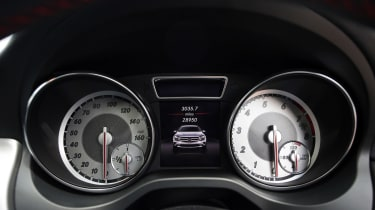 Used Mercedes GLA - dials