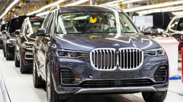 BMW SUVs feature - BMW X7 finished