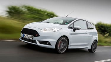 Ford Fiesta ST200 - front tracking