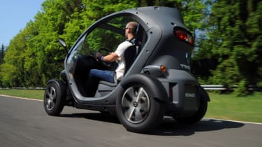 Renault Twizy rear tracking