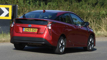 Best used hybrid cars 2020: Toyota Prius - pictures   Auto ...