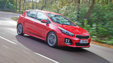 Kia Cee'd - front action