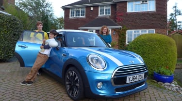 Darren Wilson and family with the new MINI 5-door.