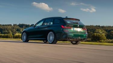 Alpina B3 Touring - rear tracking
