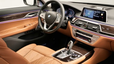 BMW 7 Series facelift - cabin