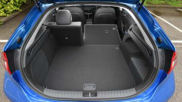 Hyundai Ioniq Plug-in - boot
