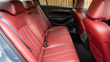 Mazda 6 Kuro Edition - rear seats