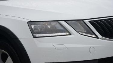 Skoda Octavia Scout review - front light