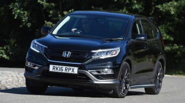 Honda CR-V Black Edition 2016 - Front Cornering