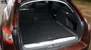 Peugeot 508 RXH HYbrid4 boot