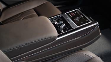 Audi A8 - rear seat controls