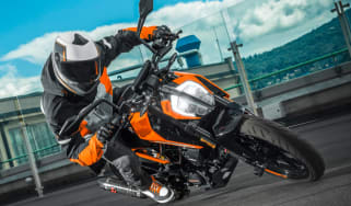 KTM Duke 125 review - header