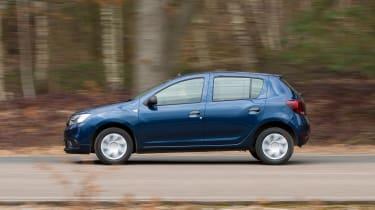 Dacia Sandero - side
