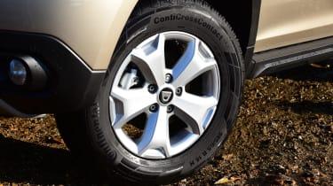 Dacia Duster alloy wheel