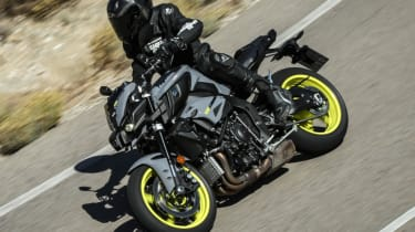 Yamaha MT-10 review - road action