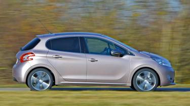 Peugeot 208 e-HDi panning