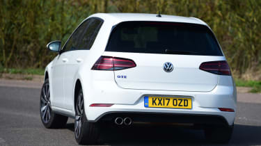 Volkswagen Golf GTE 2017 - rear cornering