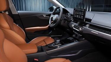 Audi A4 Avant - cabin