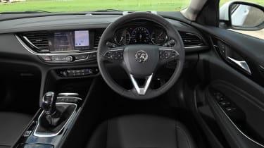 Vauxhall Insignia Grand Sport - dash