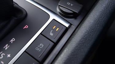 Volkswagen Amarok - buttons