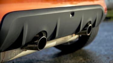 Renault Twingo GT - exhausts