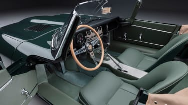 Jaguar E-Type 60 Collection - roadster dash