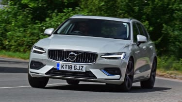 Volvo V60 - front action